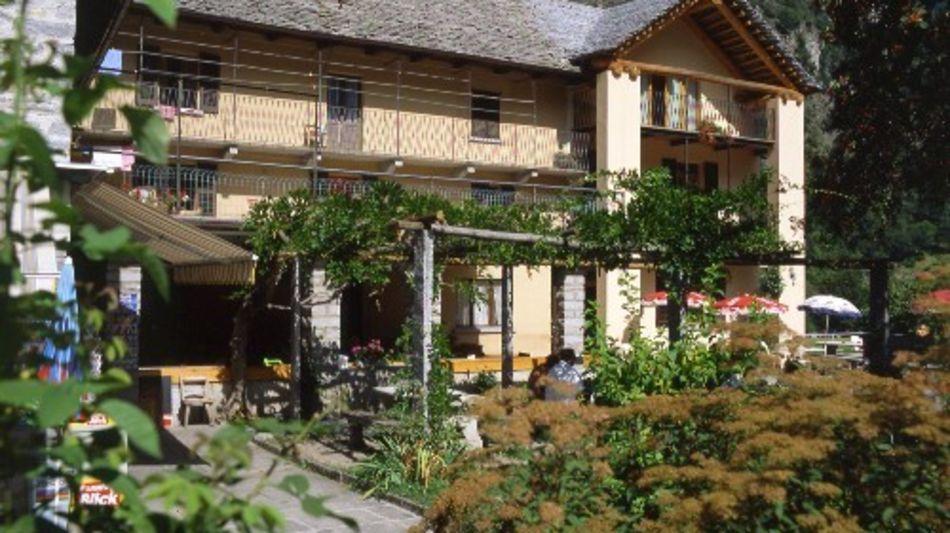 sonogno-ristorante-alpino-1261-2.jpg