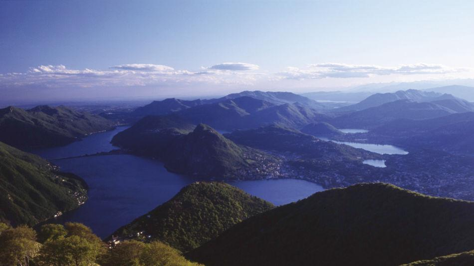 lugano-lugano-trekking-veduta-da-monte-1220-0.jpg