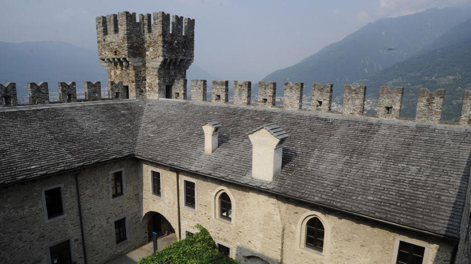 bellinzona-castello-di-sasso-corbaro-1323-0.jpg