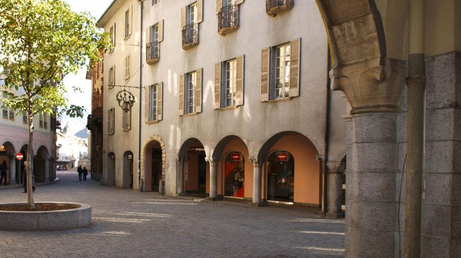 bellinzona-piazza-nosetto-1245-0.jpg