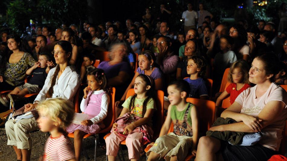 pubblico-con-bambini-1323-0.jpg