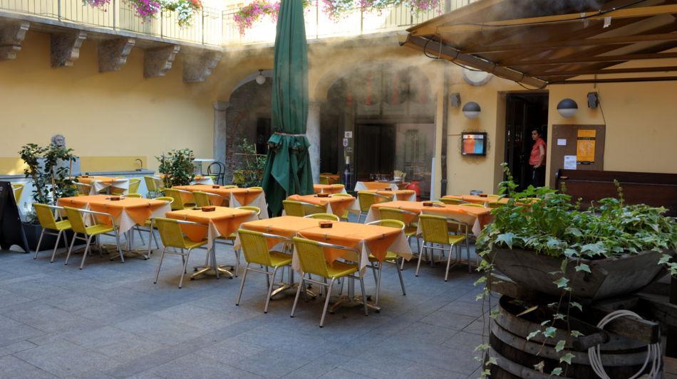 bellinzona-pizzeria-piazzetta-1324-1.jpg
