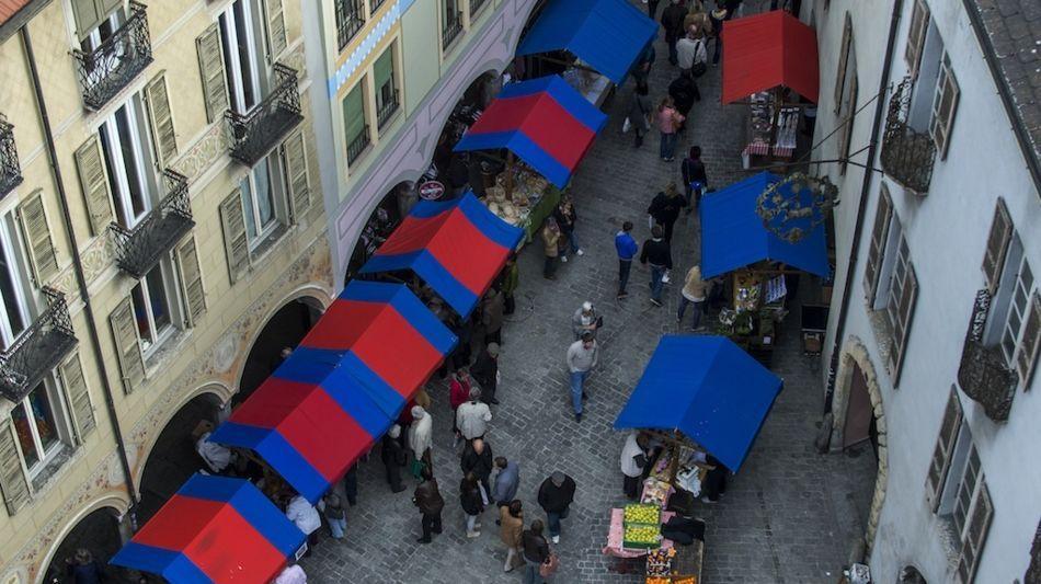 bellinzona-mercato-1090-0.jpg