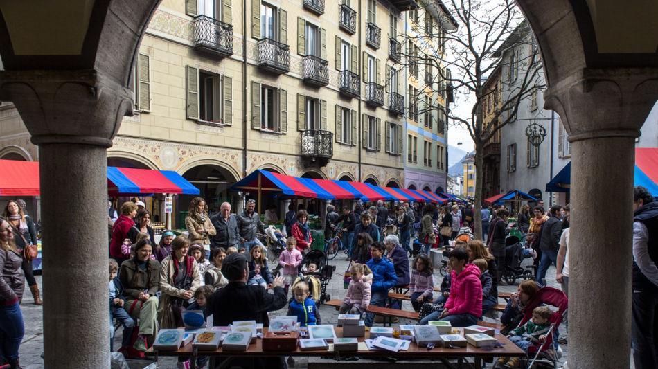 bellinzona-mercato-settimanale-1091-0.jpg