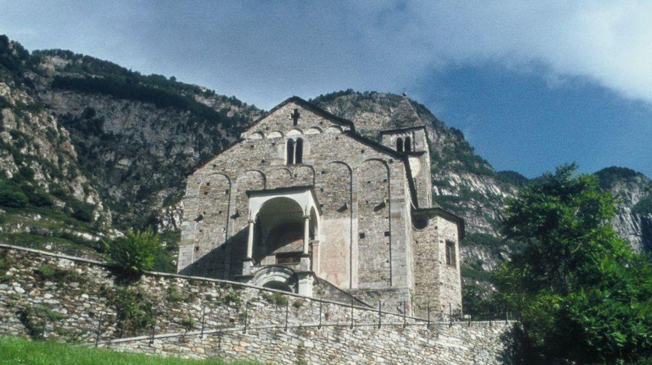 biasca-chiesa-ss-pietro-e-paolo-4051-0.jpg