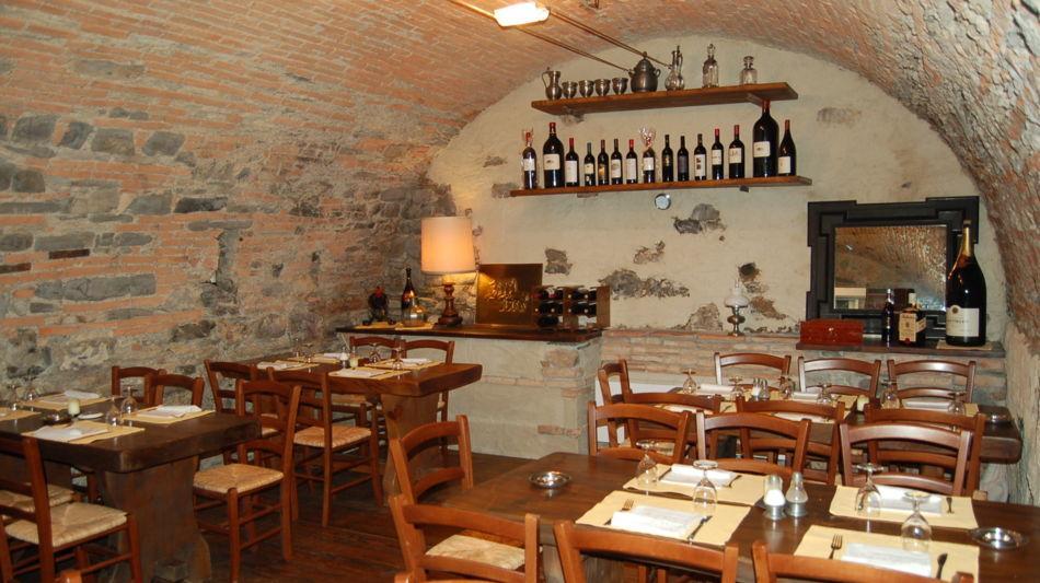 castel-san-pietro-grotto-loverciano-3830-0.jpg
