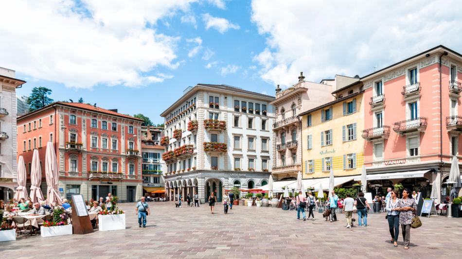 lugano-piazza-riforma-1524-0.jpg