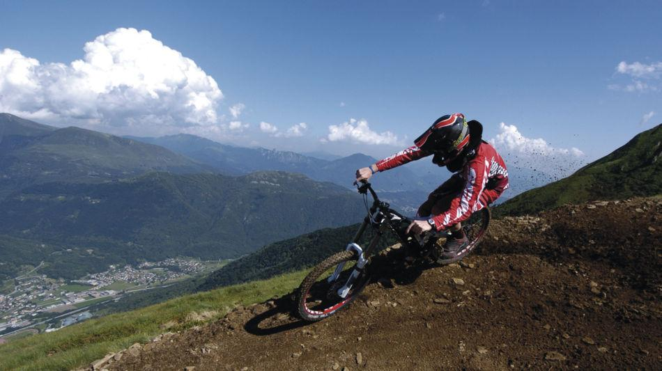 mountain-bike-7238-0.jpg