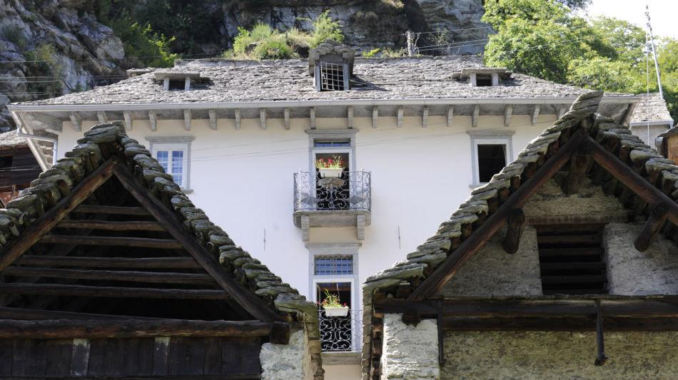 onsernone-comologno-casa-gamboni-1530-0.jpg