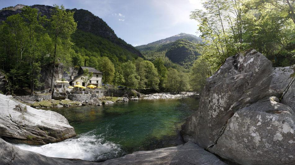 grotto-pozzasc-in-peccia-2285-0.jpg