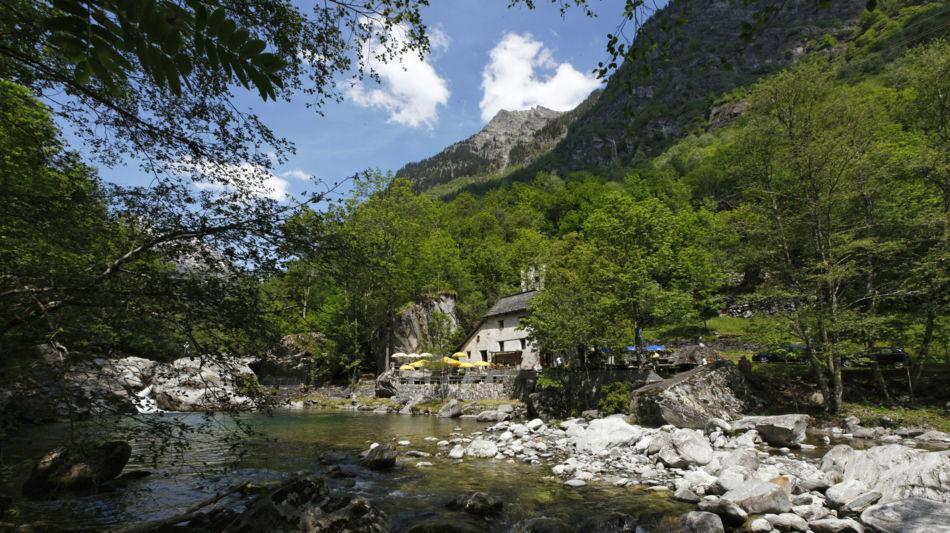 grotto-pozzasc-in-peccia-2286-0.jpg