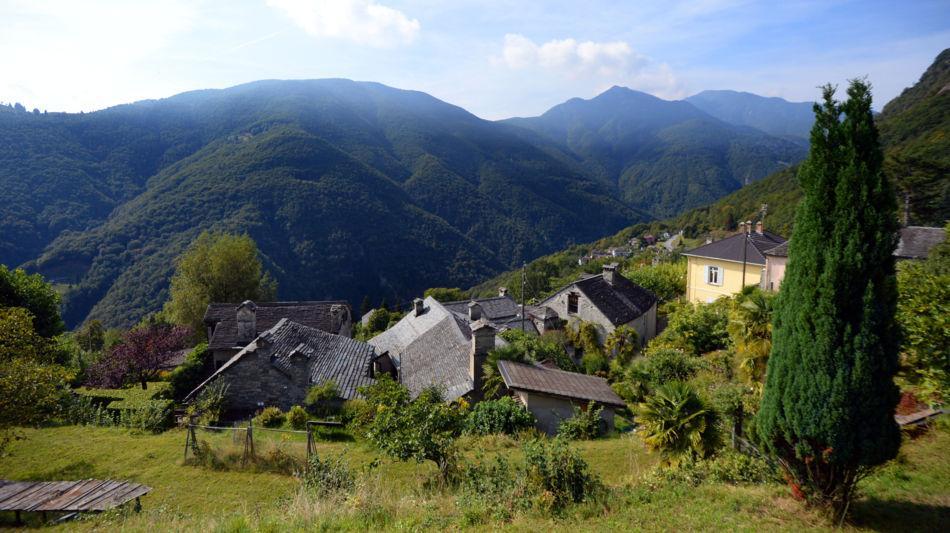 veduta-del-paese-di-berzona-9315-0.jpg