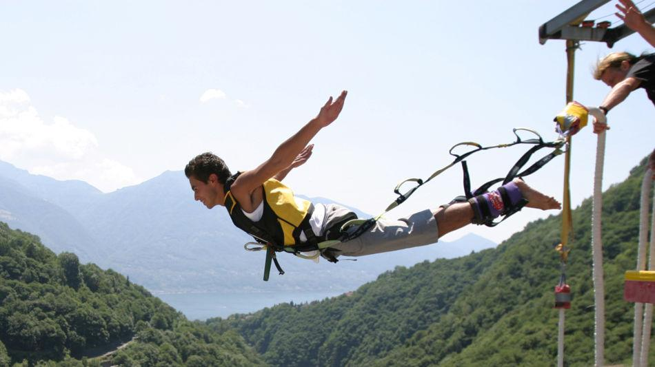 adventure-bungee-jumping-1640-2.jpg