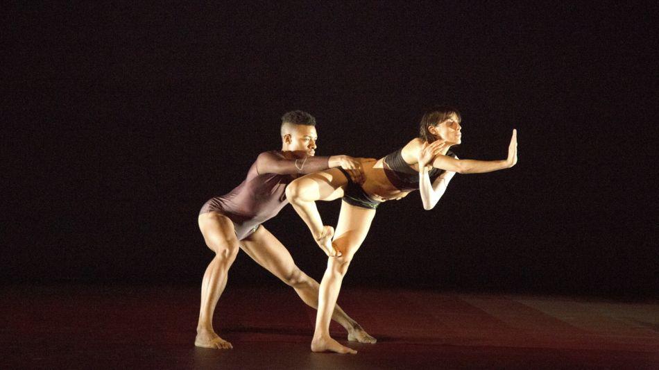 danza-contemporanea-1621-0.jpg