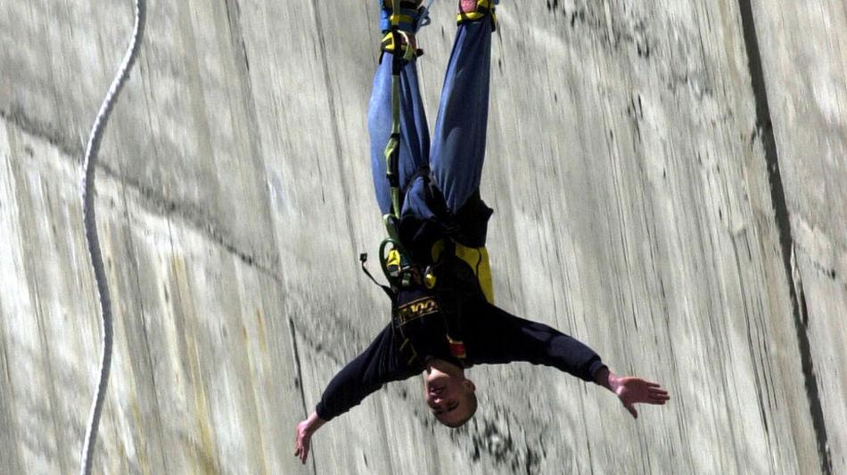 diga-della-verzasca-bungy-jumping-8038-0.jpg