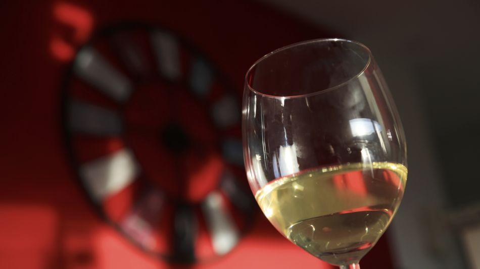 vino-bianco-1610-0.jpg