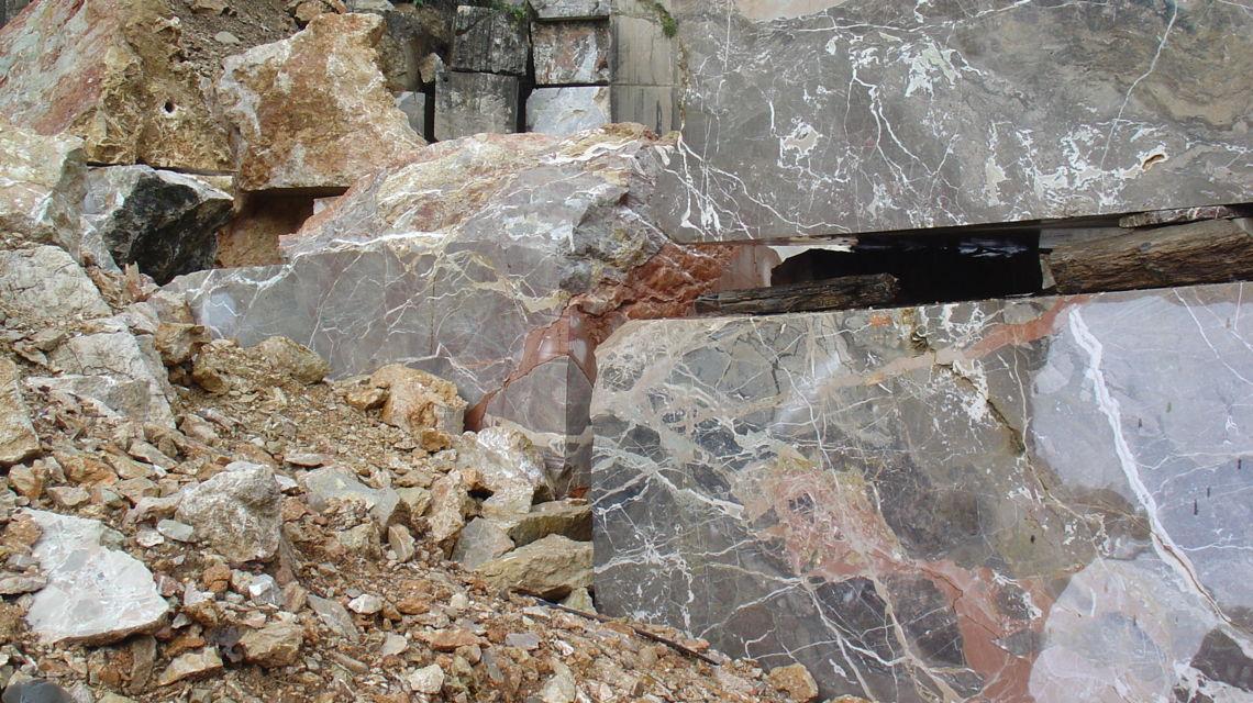 cave-marmo-di-arzo-1122-1.jpg