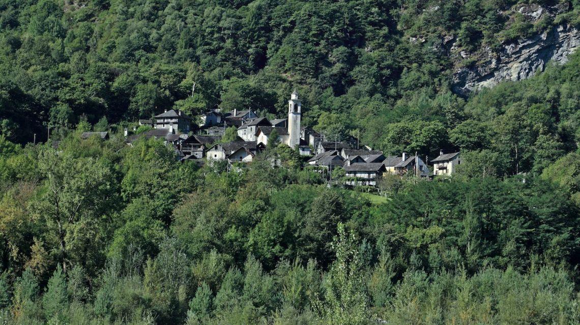 cevio-veduta-paese-di-boschetto-1701-1.jpg