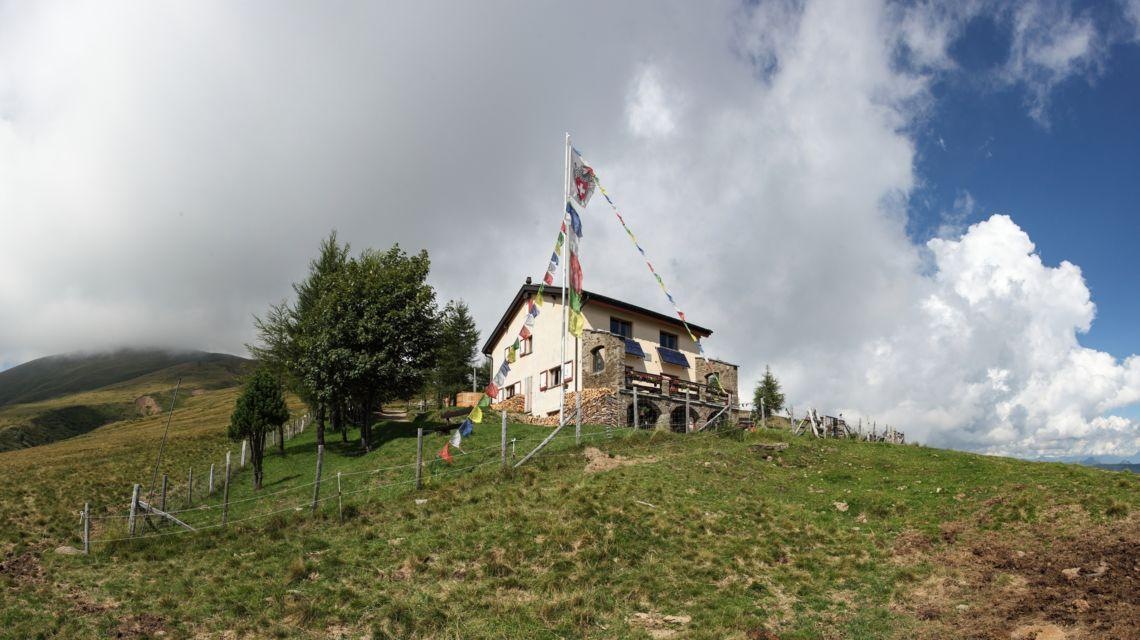 monte-bar-1692-0.jpg