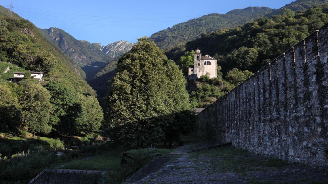 monte-carasso-chiesetta-di-s-trinita-1662-0.jpg