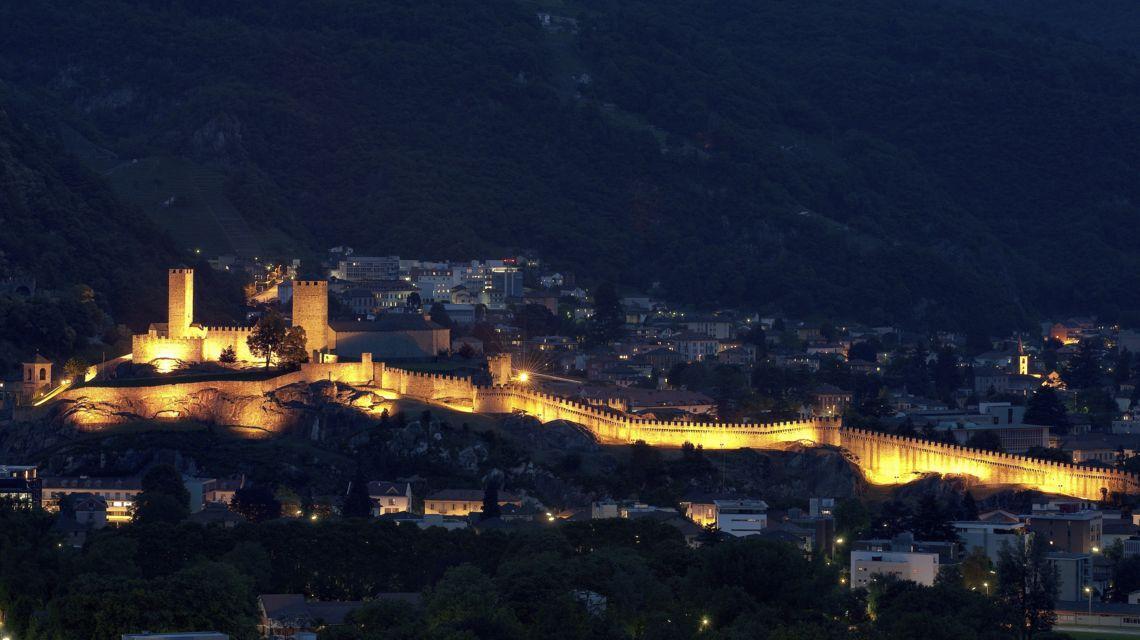 bellinzona-castelli-1732-0.jpg