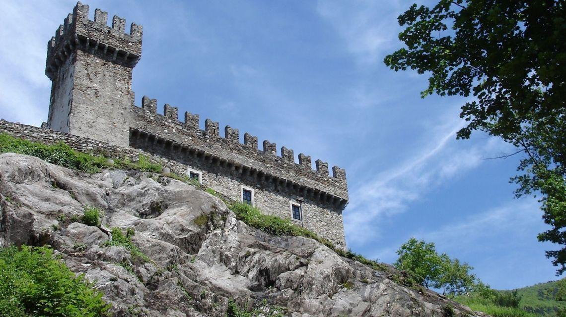 bellinzona-castello-sasso-corbaro-1321-0.jpg