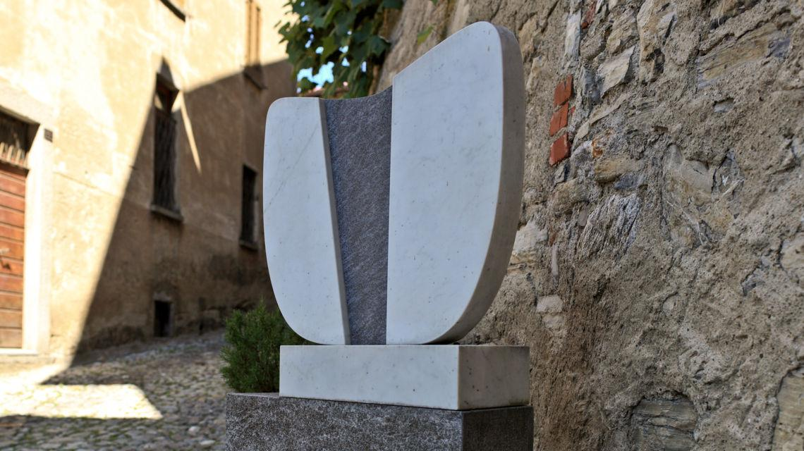 lugano-scultura-in-bre-paese-6235-0.jpg