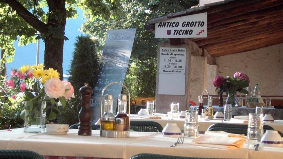 Antico-Grotto-Ticino-2530-TW-Slideshow.jpg