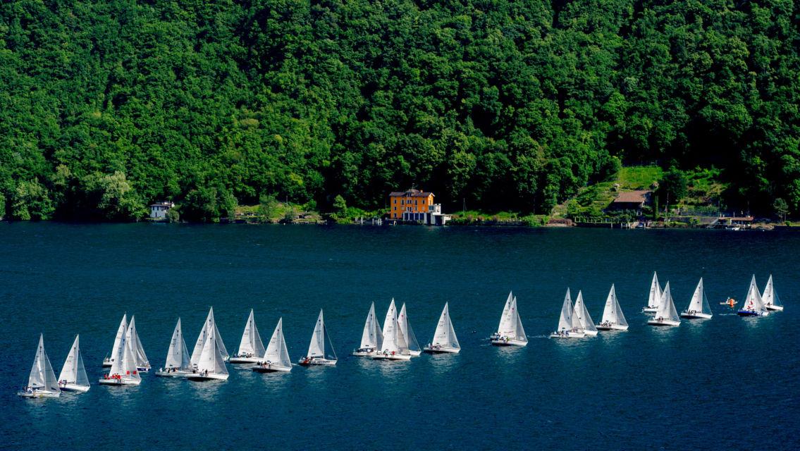 Barche-a-Vela-sul-lago-12032-TW-Slideshow.jpg
