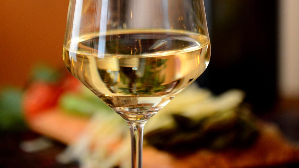 Bicchiere-di-vino-4070-TW-Slideshow.jpg
