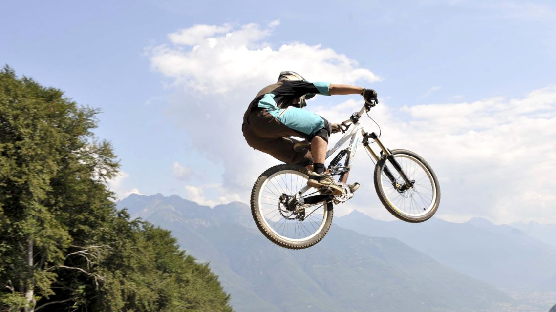Bike-Monte-Tamaro-730-TW-Slideshow.jpg