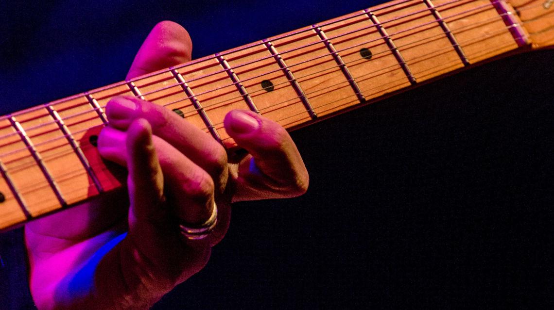 Blues-Session-12457-TW-Slideshow.jpg