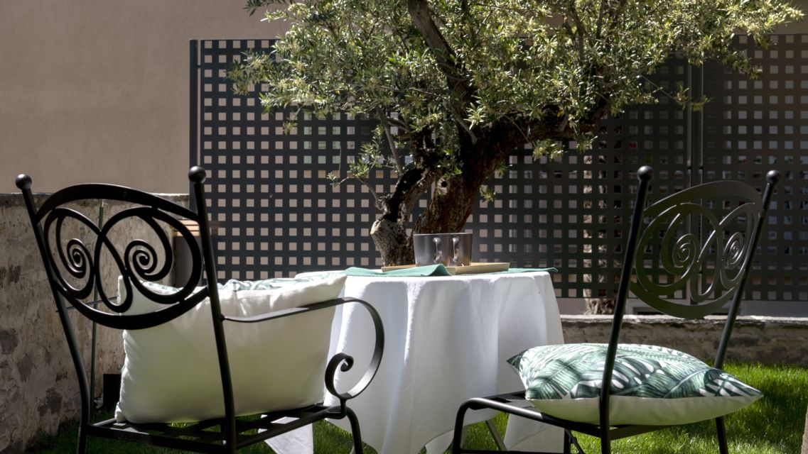 Boutique-Hotel-Villa-Muralto-26339-TW-Slideshow.jpg