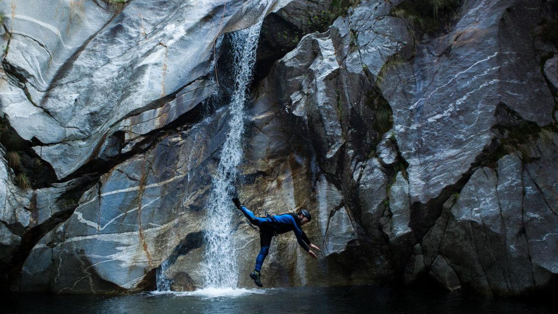 Canyoning-12198-TW-Slideshow.jpg
