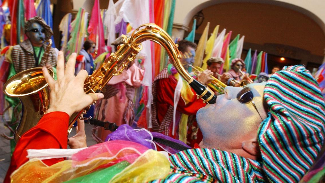 Carnevale-9834-TW-Slideshow.jpg