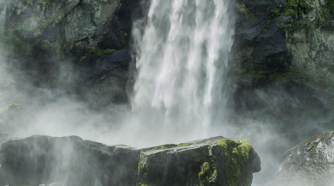 Cascata-di-Foroglio-16542-TW-Slideshow.jpg