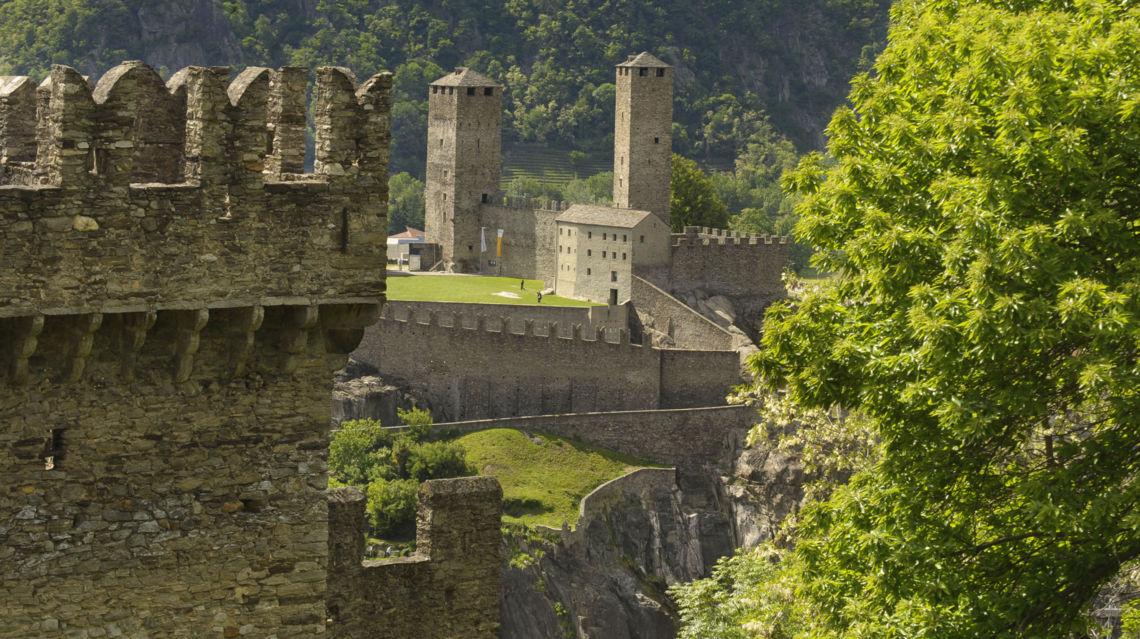 Castelgrande-11630-TW-Slideshow.jpg