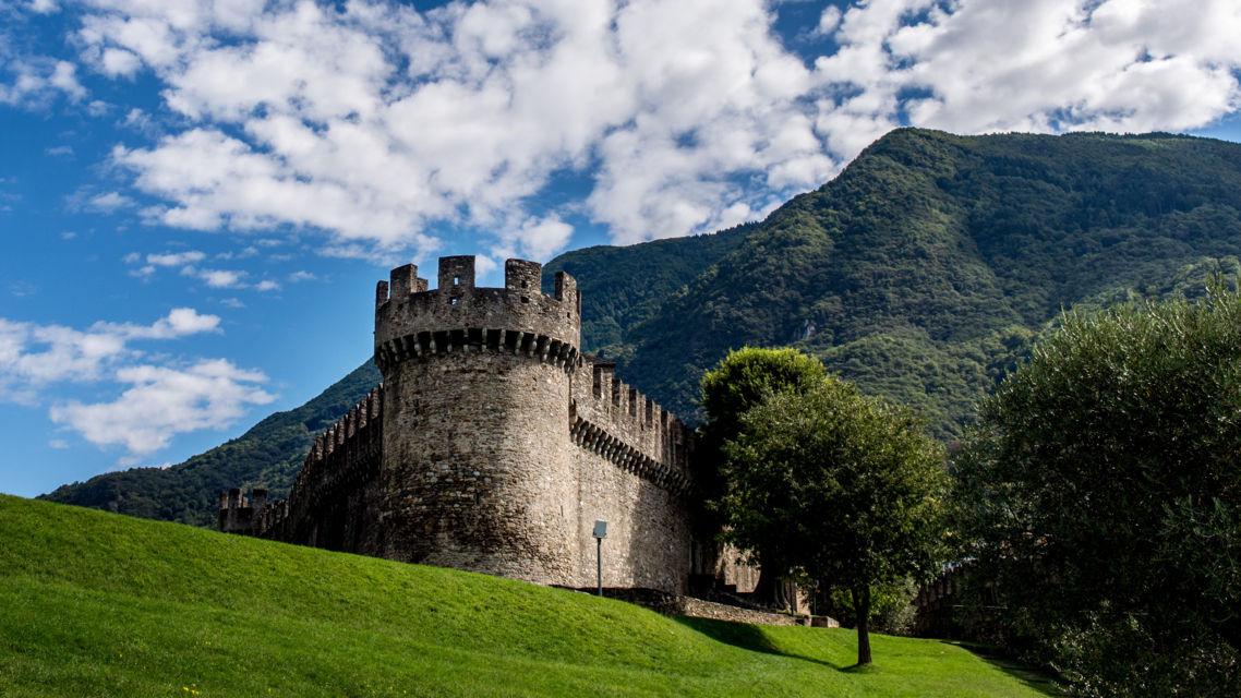 Castello-di-Montebello-16155-TW-Slideshow.jpg