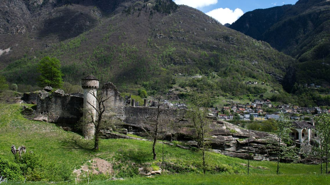 Castello-di-Serravalle-24411-TW-Slideshow.jpg