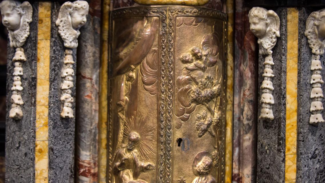 Cattedrale-di-San-Lorenzo-20398-TW-Slideshow.jpg