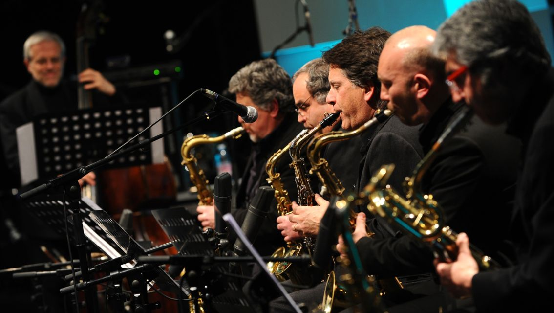 Chiasso-jazz-13673-TW-Slideshow.jpg