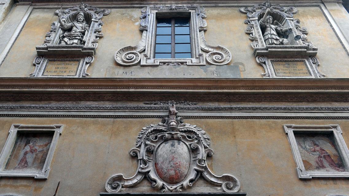 Chiesa-S-Maria-Assunta-22100-TW-Slideshow.jpg