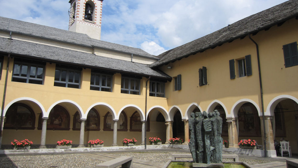 Chiesa-S-Maria-delle-Grazie-18537-TW-Slideshow.jpg