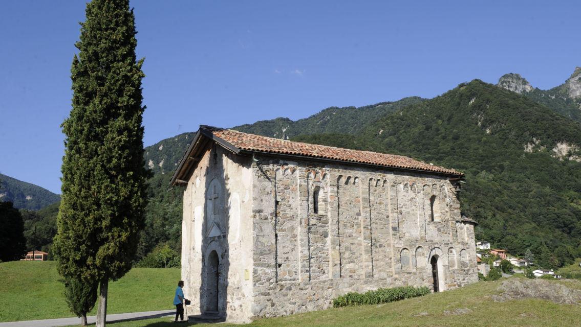 Chiesa-San-Vigilio-8560-TW-Slideshow.jpg