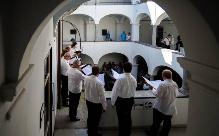 In Locarno klingen die Innenhöfe wieder