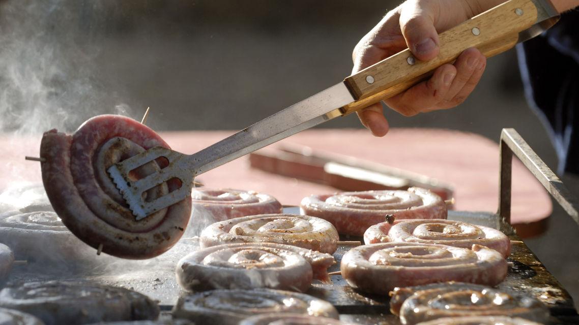 Fiera-di-San-Martino-cottura-luganighetta-15066-TW-Slideshow.jpg