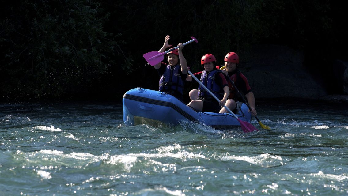 Fun-Rafting-22123-TW-Slideshow.jpg