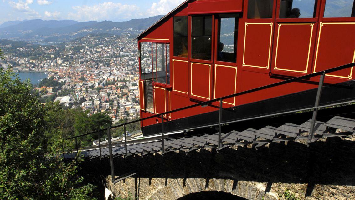 Funicolare-Monte-Bre-18630-TW-Slideshow.jpg