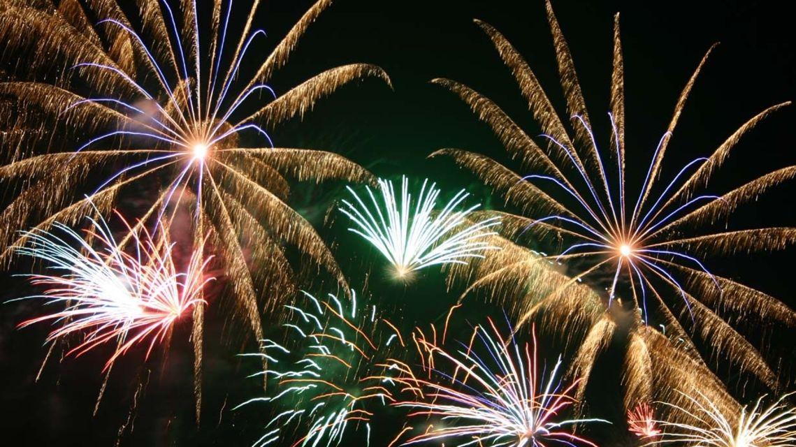 Fuochi-d-artificio-1348-TW-Slideshow.jpg