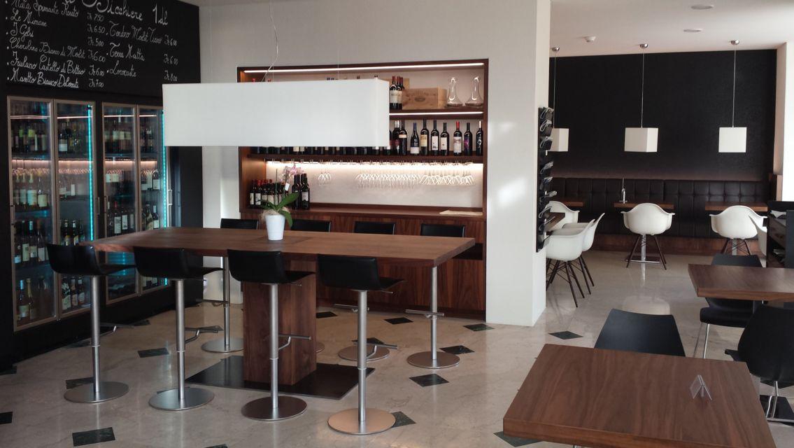 Gran-Caffe-Verbano-11090-TW-Slideshow.jpg